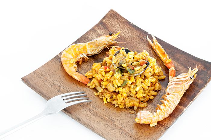Dieta de transición verano otoño_Paella con gambas y cigalas